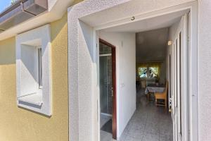 Apartments & Bungalows Ivanović, Affittacamere  Kaštela - big - 11