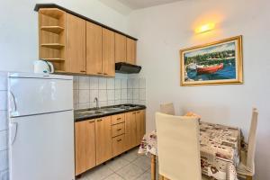 Apartments & Bungalows Ivanović, Affittacamere  Kaštela - big - 79