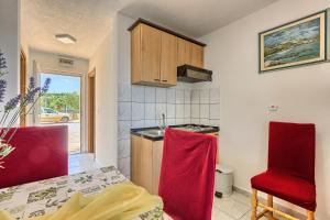 Apartments & Bungalows Ivanović, Affittacamere  Kaštela - big - 96