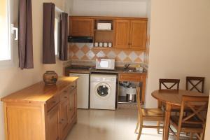 Aparthotel Bahia Pinosol, Aparthotels  Jávea - big - 9