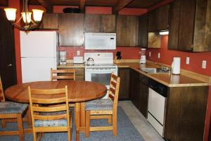 Treehouse 304E, Holiday homes  Silverthorne - big - 4