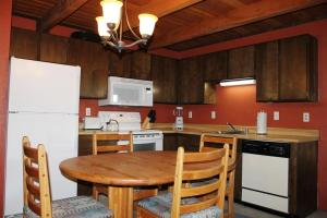 Treehouse 304E, Holiday homes  Silverthorne - big - 6