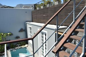 Villa com 3 Quartos - Loader Street, n.º 10