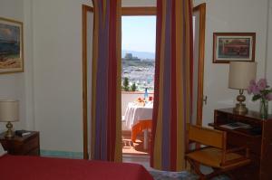Grand Hotel De Rose, Hotels  Scalea - big - 4