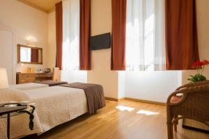 Piazza Paradiso Accommodation, Affittacamere  Siena - big - 57