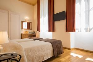 Piazza Paradiso Accommodation, Affittacamere  Siena - big - 58