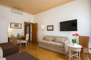 Piazza Paradiso Accommodation, Affittacamere  Siena - big - 61