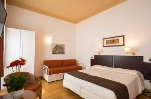 Piazza Paradiso Accommodation, Affittacamere  Siena - big - 65