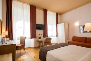 Piazza Paradiso Accommodation, Affittacamere  Siena - big - 66