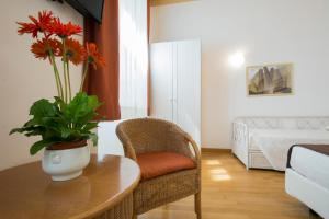 Piazza Paradiso Accommodation, Affittacamere  Siena - big - 67