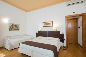 Piazza Paradiso Accommodation, Affittacamere  Siena - big - 68