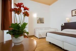 Piazza Paradiso Accommodation, Affittacamere  Siena - big - 69