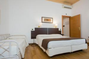 Piazza Paradiso Accommodation, Affittacamere  Siena - big - 70