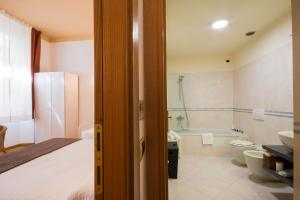 Piazza Paradiso Accommodation, Affittacamere  Siena - big - 73