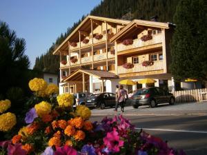 Monti Pallidi B&B Apartments - AbcAlberghi.com