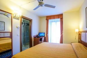 Hotel Benaco, Szállodák  Nago-Torbole - big - 41