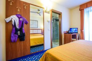 Hotel Benaco, Szállodák  Nago-Torbole - big - 40