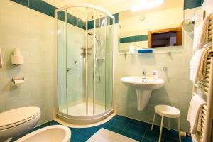 Hotel Benaco, Szállodák  Nago-Torbole - big - 38