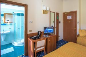 Hotel Benaco, Szállodák  Nago-Torbole - big - 25