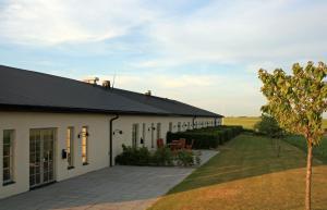 Örums Nygård Gårdshotell, Отели  Löderup - big - 32