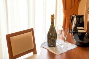 Hotel Benaco, Hotely  Nago-Torbole - big - 57