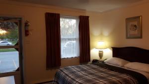 The Maplewood Motel, Мотели  Port Elgin - big - 21
