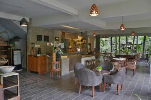 Rumah Batu Villa & Spa, Hotel  Solo - big - 72