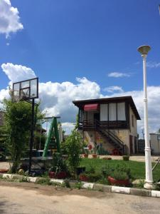 La Garaje, Apartmány  Ciolpani - big - 1