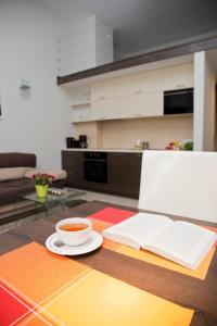 Light Rooms Apartment, Apartments  Kraków - big - 9