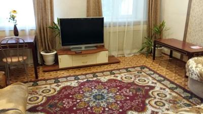 Apartment on Studencheskaya 10b
