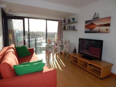 Phoenix Park Liffey View Apartamento with parking, Apartamento Dublin