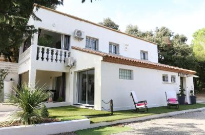 Facade De Villa Moderne somptueuse villa moderne à 15 minutes de montpellier, villa saint