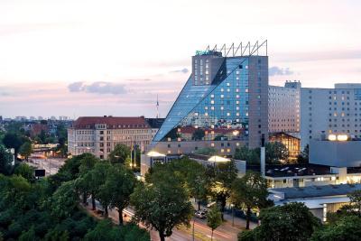 Estrel Berlin(ESTREL Hotel & Convention Center (艾司特尔酒店 &会展中心))