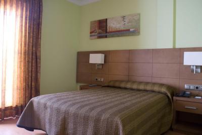 Hotel 4C Puerta Europa(4C Puerta Europa (4C欧洲之门酒店))
