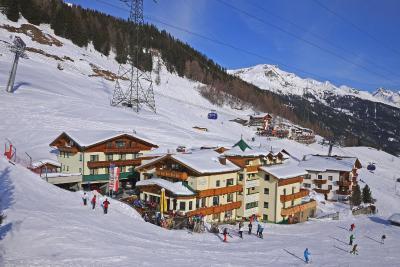 Hotel Garni - Restaurant Kaminstube St. Anton am Arlberg