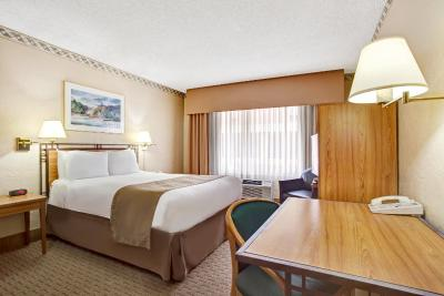 Travelodge Seattle by the Space Needle(Travelodge Seattle by the Space Needle (太空针塔西雅图旅程住宿酒店))