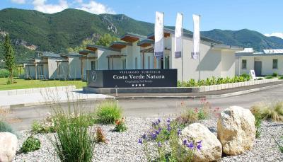 Costa Verde Natura, Appart\'hotels Clusane sul Lago