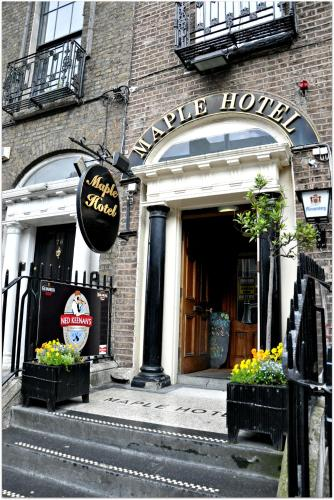 Maple Hotel photo 1