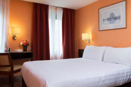 Hotel Bac Saint-Germain photo 31