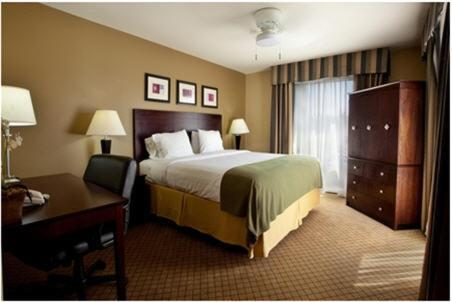 Holiday Inn Express Hotel & Suites Lafayette Photo