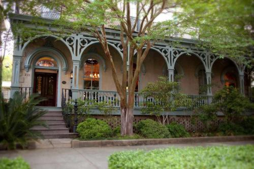 Dresser Palmer House - Savannah, GA 31401
