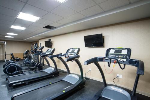 Western Star Signature Hotel & Conference Centre - Estevan, SK S4A 3A1