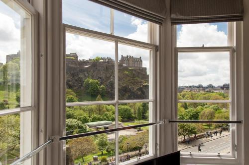Destiny Scotland - Chisholm Hunter Suites photo 18