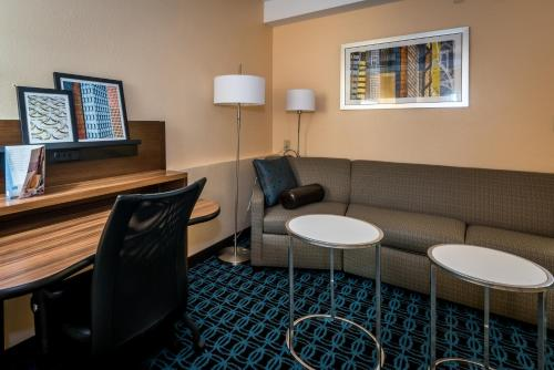 Fairfield Inn And Suites Savannah Interstate 95 South - Savannah, GA 31419