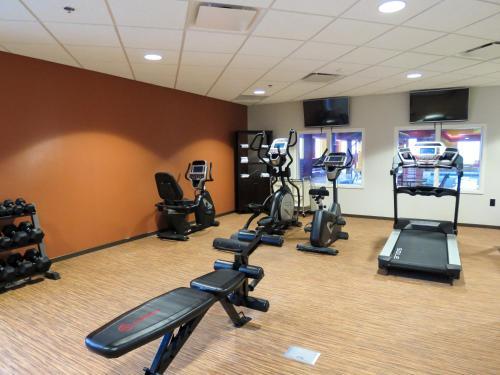 Comfort Suites Regina - Regina, SK S4X 0M2