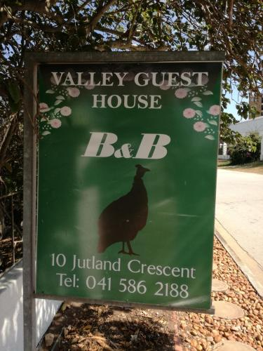 Valley Guest House Photo