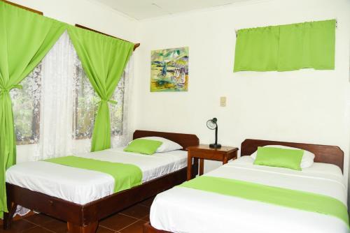 Hotel Marielos Photo
