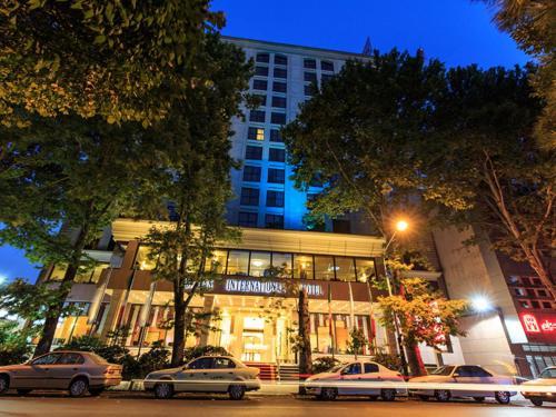 HotelEspinas Persian Gulf Hotel