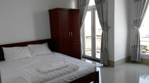 HotelTuyet Phung Guesthouse