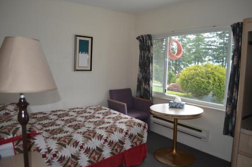 Seaside Villa Motel & Rv Park - Powell River, BC V8A 0R1